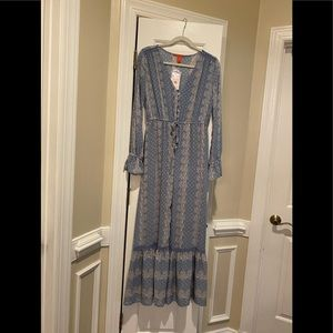 WOMAN CHELSEA AND VIOLET NWT MAXI DRESS W/ ROMPER
